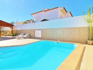 Villa Nacy, comfortable, homely villa close to Albufeira w/ private Pool & Wifi
