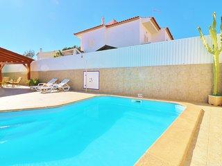 Villa Nacy, comfortable, homely villa close to Albufeira w/ private Pool & Wifi