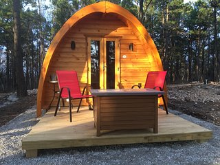 Iris Hill Glamping, ' Ginny' pod     4th Night Free