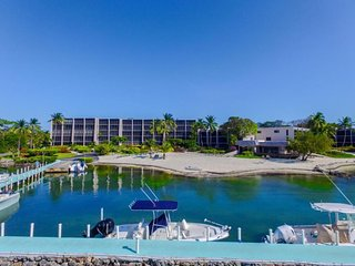 Key Largo Beach Front Condo