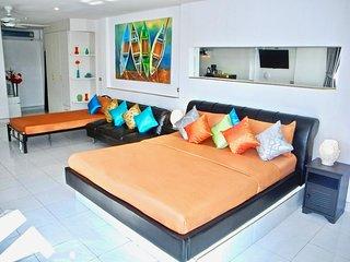 Versace: Nice room with Balcony # 2