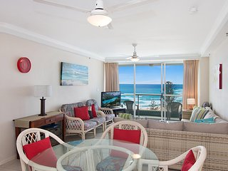 Ocean Plaza Unit 835 - Beachfront in Central Coolangatta