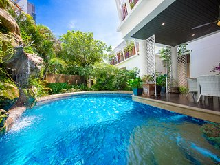Paradise Jomtien Beach 6 Bed Pool Villa Pattaya