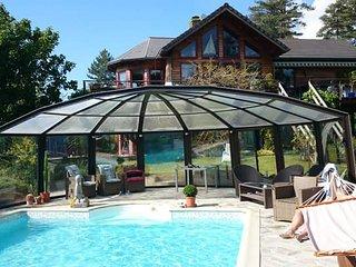 Villa Hardelot, piscine sous abri haut amovible, billard, cheminee, piano...