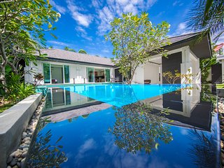 VIP Villas Pattaya 4 Bed - Palm Oasis Jomtien Pattaya