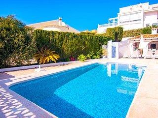 Villa Belvic en Calp,Alicante,para 4 personas