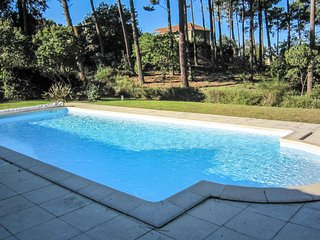 4 bedroom Villa in Lacanau-Ocean, Nouvelle-Aquitaine, France : ref 5586052
