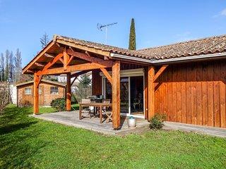 2 bedroom Villa in Gujan-Mestras, Nouvelle-Aquitaine, France : ref 5586060