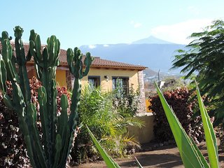 2 bedroom Villa in Puerto de la Cruz, Canary Islands, Spain : ref 5585959