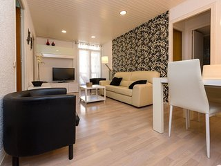 3 bedroom Apartment in Sagrada Família, Catalonia, Spain : ref 5518449