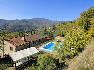 8 bedroom Villa in Colognole, Tuscany, Italy : ref 5586006