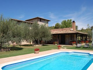 Villa Glicine B & B  Holiday Home