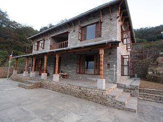 Mahakaruna - a Beautiful House with Glorious Views