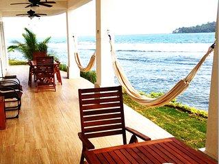 Pebos Reef, Caribbean Beach House