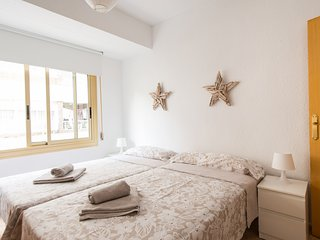 ALICANTE BEACH APARTMENT- YOUR DREAM BECOMES TRUE!