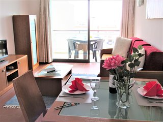 Excelente apartamento em Albufeira, piscina, ar.condicionado, vista mar, WIFI