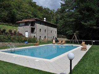15 %OFF Villa Alla Marginetta:5 bedroom luxury Villa with garden & private pool!