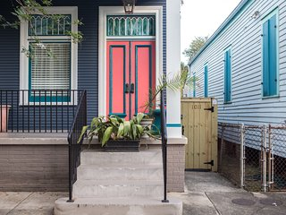 Charming 1BR in The Bywater by Sonder