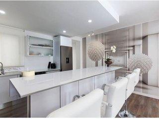 Precioso apartamento totalmente nuevo en pleno centro de Almeria