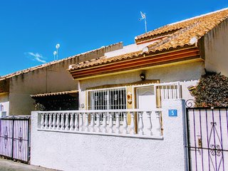 Villa Rimas & Leyendas, Quesada ( WiFi, UK TV... )