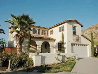 Beautiful Model Home near Lake Perris!