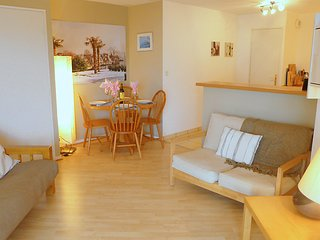 2 bedroom Apartment in Dinard, Brittany, France : ref 5038068