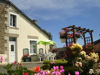 2 bedroom Villa in Lezardrieux, Brittany, France : ref 5082404