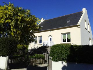 3 bedroom Villa in Lezardrieux, Brittany, France : ref 5082346