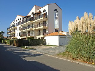 1 bedroom Apartment in Vaux-sur-Mer, Nouvelle-Aquitaine, France - 5046811