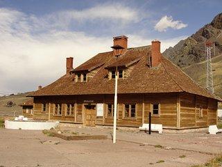 Alojamiento en Las Cuevas en habitaciones privadas.a 2 Km limite con Chile