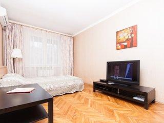2-room apt. at Oruzheynyy lane, 5 (086)