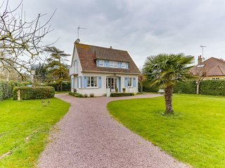 3 bedroom Villa in Cabourg, Normandy, France : ref 5586623