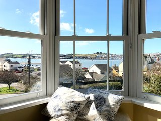 Westfield House, Instow. - Sea Views