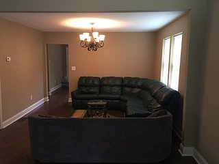 $ 170  Near to Hartsfield Jackson Airpot & Downtown 4