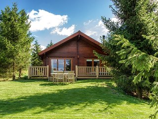 31880 Log Cabin situated in Dorchester (10mls NE)