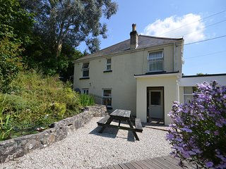 THWIL House situated in Newquay (3mls SE)