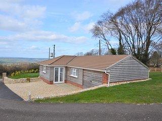 31877 Bungalow situated in Lyme Regis (3mls N)
