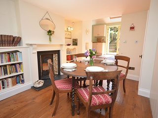 CLECO Cottage situated in Castle Cary