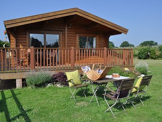 NFL75 Log Cabin situated in West Wellow