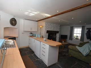52112 Cottage situated in Aberdovey (9mls N)