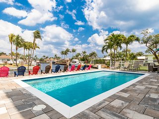 Magnificent 2-story Pompano Waterview Dreams Home! Pure Serenity!