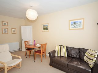 40973 Apartment situated in Edinburgh