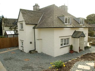 52431 Cottage situated in Hawkshead  (2mls SE)
