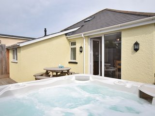 HOLMS Bungalow situated in Westward Ho!