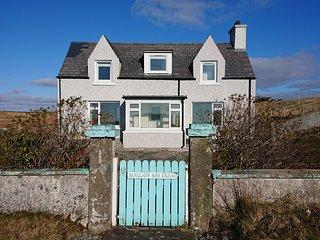 Sealladh Nan Eilean (Island View)