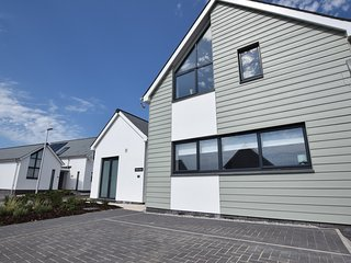 44074 House situated in Westward Ho!