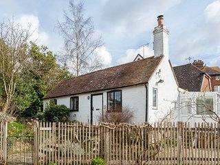 49618 Cottage situated in Burwash (2mls SW)