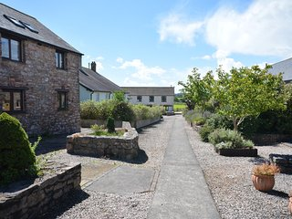 51955 Cottage situated in Totnes (4mls NE)