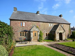 37217 Cottage situated in Coleford (4mls SE)
