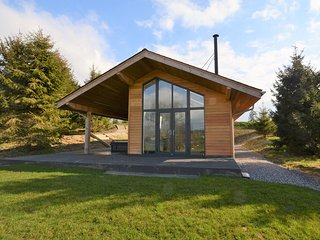 57331 Log Cabin situated in Dorchester (10mls NE)